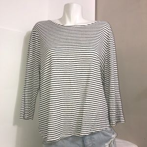 Chico's Black and White Stretchy Linen Long Sleeve
